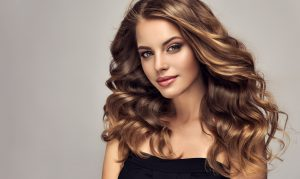 Collarbone Length Hair with Long Layers
